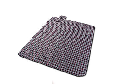 Cina Polyester Peva Backing Waterproof Picnic Mat Untuk Outdoor Multi Warna pabrik